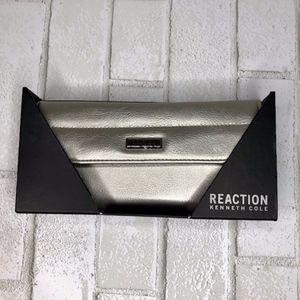Kenneth Cole Reaction Silver Tri-Fold Wallet